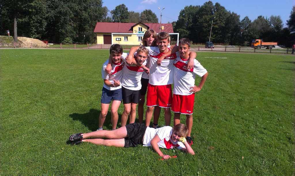 Wygrana drużyny chłopców w sztafecie