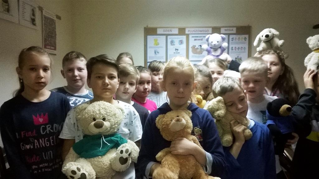 Dzień Pluszowego Misia w bibliotece szkolnej