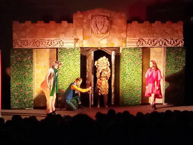 Teatralny piątek z piątoklasistami