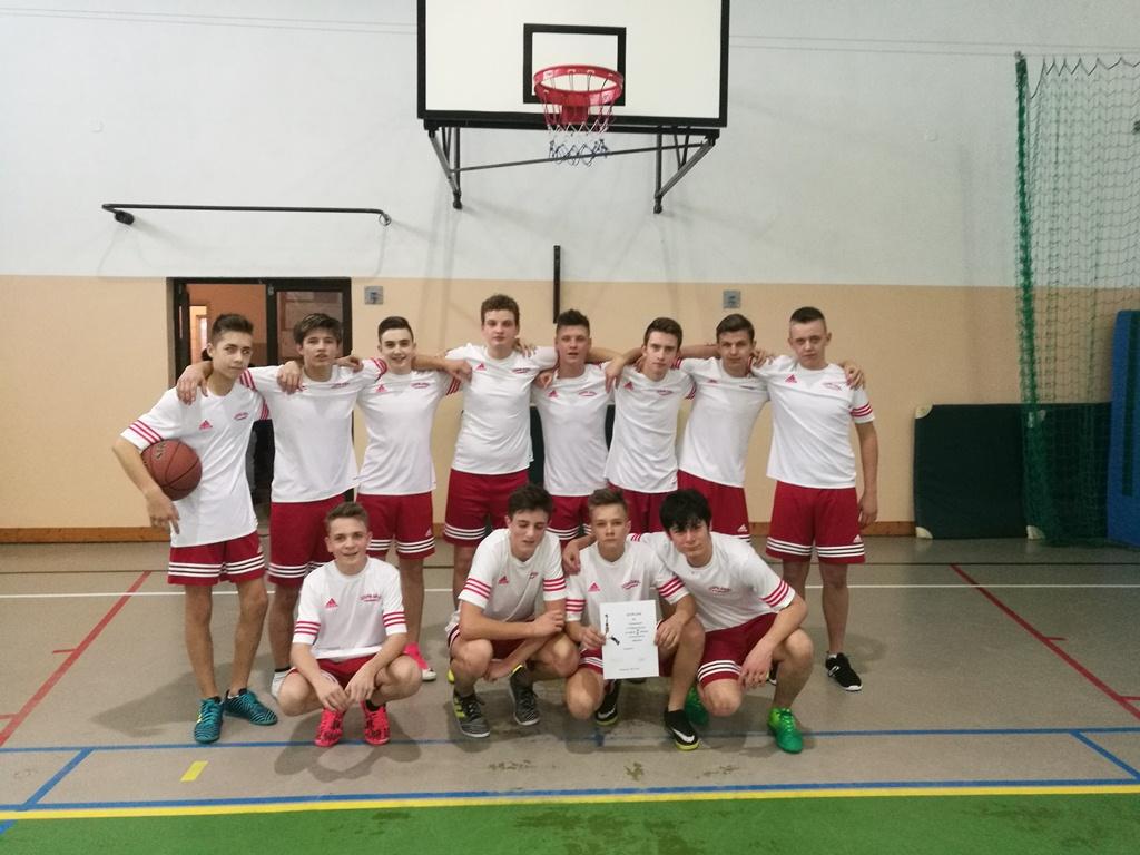 Awans drużyny chłopców